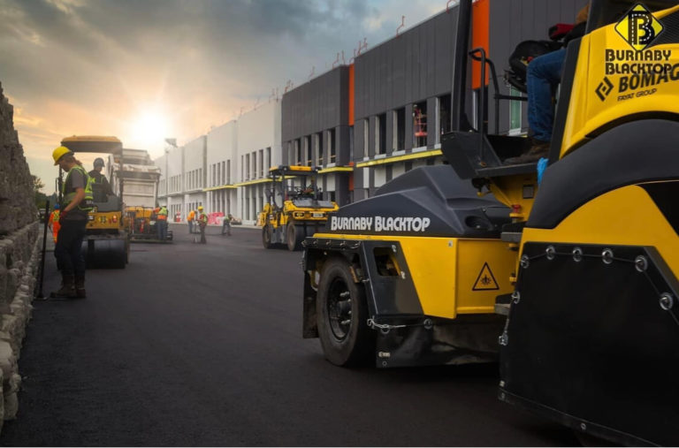 asphalt paving for commercial needs